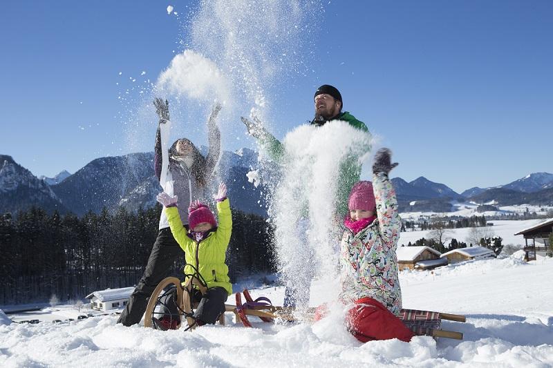 Wintersport in Duitsland © DZT, Inzell in den bayrischen Alpen, www.inzell.de