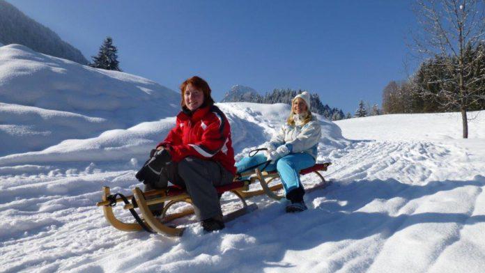 Sleetje rijden (c) DZT - Tourist Information Oberaudorf - Yvonne Tremml