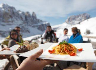 Eten met uitzicht (c) Zuid-Tirol