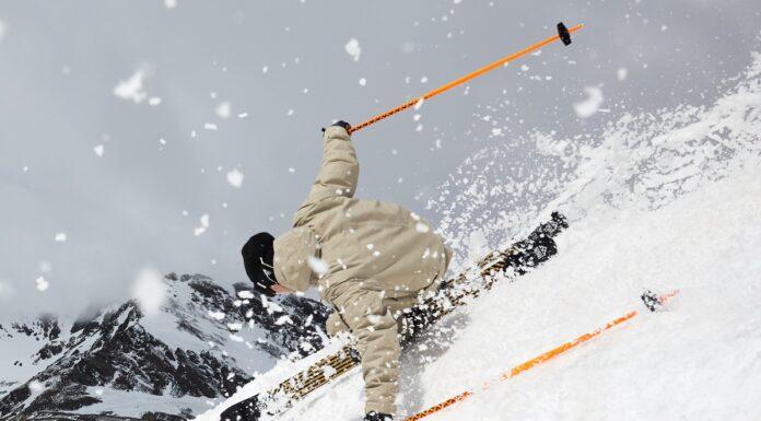 Nieuwe Justis ski uit skicollectie Black Crows 2020-2021